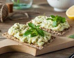 Rillettes diététiques au thon et à l'avocat : http://www.fourchette-et-bikini.fr/recettes/recettes-minceur/rillettes-dietetiques-au-thon-et-lavocat.html