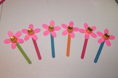 may day for preschool - Yahoo Search Results Image Search Results Spring Art, Spring Crafts, Holiday Crafts, Early Spring, Kindergarten Art Projects, Craft Projects For Kids, Kindergarten Lessons, Craft Ideas, May Day Traditions