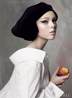 Coco Rocha and the ultimate cat eye. Photographed by Steven Meisel, Vogue, 2007.