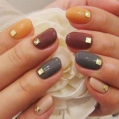 Classy studd nail art for thansgiving #nailart #thanksgiving #womentriangle