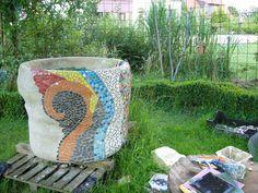 Upcycling, Regentonne verkleiden,rain barrel, Mosaik,mosaic,concrete,Beton,how to,DIY