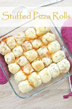 VEGETARIAN STUFFED PIZZA ROLLS - What's better than pizza dough stuffed with your favorite ingredients? Nothing, that is! Here's an easy stuffed pizza rolls recipe!