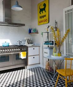 Sunshine Day | Smart, stylish, and space-saving ideas for decorating the heart of the home.