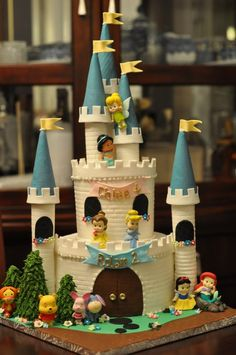 Little Disney Characters Castle Cake. This is a pretty cute one!