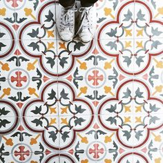 This tiled floor is fun and interesting, with a pop of color. Floor Patterns, Tile Patterns, Textures Patterns, Print Patterns, Floor Design, Tile Design, Mosaic Tiles, Wall Tiles, Encaustic Tile