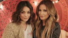 Ashley Tisdale e Vanessa Hudgens cantam juntas em novo vídeo #Cantora, #Cover, #Elle, #Musical, #Noticias, #Novo, #Sucesso, #VANESSA, #Youtube http://popzone.tv/2017/01/ashley-tisdale-e-vanessa-hudgens-cantam-juntas-em-novo-video.html