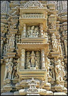 Exquisite carvings at Javari Temple, MP, India, (completed) around 1100 AD, via Architecture Classique, Architecture Antique, Indian Temple Architecture, India Architecture, Beautiful Architecture, Beautiful Buildings, Temple India, Hindu Temple, Khajuraho Temple