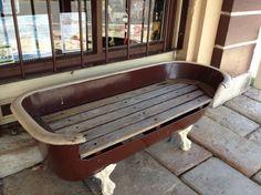 Old Bathtub Bench Bathtub Bench, Old Bathtub, Clawfoot Tub Faucet, Bathtub Ideas, Mini Bathtub, Vintage Bathtub, Bathtub Tray, Repurposed Furniture, Diy Furniture