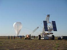 Příprava na vypuštění balónu s experimentem SUNRISE