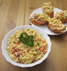 Tavaszi tojáskrém - Kifőztük, online gasztromagazin Feta, Good Food, Yummy Food, Hungarian Recipes, Paleo Diet, No Cook Meals, Food Inspiration, Macaroni And Cheese, Food And Drink