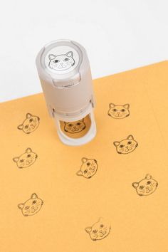 Self-Inking Kitty Stamp: Sydney, I should get you this...