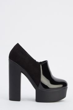 Contrast Chunky Heeled Boots - Black£5 - on Everything5pounds.com