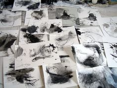 Automatic drawings in the silence