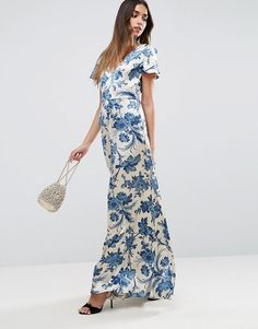 Discover the latest fashion trends with ASOS. Order today from ASOS. Long Sleeve Floral Dress, Floral Maxi Dress, Short Sleeve Dresses, Dress Long, Latest Fashion Clothes, Latest Fashion Trends, Fashion Online, Maternity Shoot Dresses, Slate Blue Bridesmaid Dresses