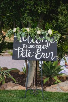 Love this garland at Mr. Flowers For You, Garland, Wedding Flowers, Castle, Create, Plants, Wedding Bouquets, Planters, Garlands
