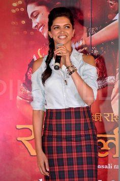 Ranveer Singh & Deepika promote Ram-Leela |