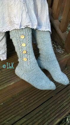 Paulat socks by Niina Laitinen Raverly