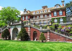 One of the reasons investing in a real estate license will pay off I love 😍 Long Island, NY Old Southern Homes, Old Westbury Gardens, Cape Cod Cottage, Real Estate License, Long Island Ny, Formal Gardens, Garden Pictures, Town And Country, Historic Homes