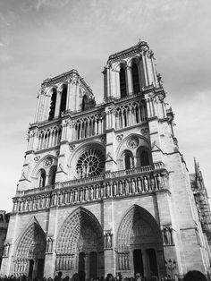 Notre Dame, Paris In Black and White    See more from the series here -  http://hollygoeslightly.co.uk/travel/paris-in-black-and-white    #paris #travel #blackandwhitephotography #parisphotography #travelphotography #iloveparis #travelblogger #lifestyleblogger #ukblogger #weblogmcr #photography #citybreak #weekendaway #notredame