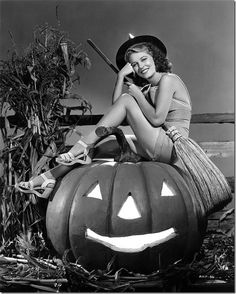 20 Vintage Hollywood Starlets get in the Halloween Spirit!!