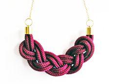 Braided necklace bourgondy