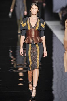 I would not use that corset-with-peplum belt, but the dress is great.  #Etro #MFW