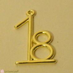 Μεταλλικό, χυτό '18 διαθέσιμο σε ασημί (επάργυρο) ή χρυσαφί (με ορειχάλκωση). Metal date charm 2018. Door Handles, Beads, Detail, Home Decor, Door Knobs, Beading, Decoration Home, Room Decor, Bead