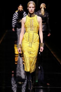 Balmain Fall 2014 Ready-to-Wear Fashion Show - Julia Frauche (Women)