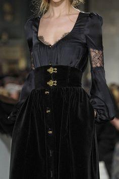Emilio Pucci at Milan Fashion Week Fall 2011 - Emilio Pucci at Milan Fall 2011 (Details) - Style Haute Couture, Couture Fashion, Runway Fashion, Womens Fashion, Milan Fashion, Emilio Pucci, Dark Fashion, High Fashion, Baroque Fashion