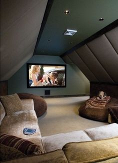 A Personal Cyber Attic An attic turned into a home theater room. i want to build my house with attic space like this for this purpose!An attic turned into a home theater room. i want to build my house with attic space like this for this purpose! Attic Rooms, Attic Spaces, Attic Bathroom, Rec Rooms, Attic Apartment, Attic Playroom, Attic Media Room, Small Rooms, Bonus Rooms