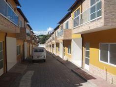 Casa em Condomínio para Venda na cidade de Nova Iguaçu / RJ no bairro Cerâmica, 2 dormitórios, 2 banheiros, 1 garagem, construido em 2014