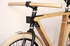 WOOD.B  (Thierry Boltz and Claude Saos, 2013): a new urban bike combining wood and metal; frames is made of laminated plywood Ash, The handlebar and the wood fenders made in Ash and Iroko.