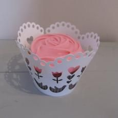 cupcake case Lace Cupcakes, Cupcake Diaries, Cupcake Cases, Baking Supplies, Wrapping, Muffins, Wraps, Packing, Design