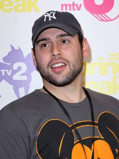 Scooter Braun Skips Deposition to Avoid Justin Bieber Steroid Questions? Mtv, Just For Gags, Scooter Braun, New Gossip, Reality Tv Shows, American Idol, Justin Bieber, More Fun, Humor