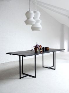 T-bordet got its name from the shape of the legs, which carry two oblong table tops. Wooden tops in combination with the black, lightweight metal legs create a fascinating material contrast. The look is graphical and industrial, but still warm. Comfortable Dining Chairs, Dining Table Design, Wooden Tops, Dining Room Furniture, Solid Oak, Chair Design, Indoor, Contemporary, Inspiration