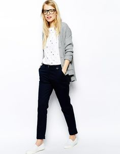 Fred Perry Chino's at ASOS. Mode Outfits, Casual Outfits, Preppy Style, My Style, Look Formal, Blue Chinos, Work Wardrobe, Business Outfits, Work Casual