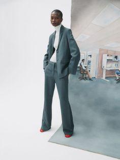 Nagi Sakai for Vogue Spain with Debra Shaw   Fashion Editorials Business Photos, Business Fashion, Vogue Spain, Office Looks, Fashion Stylist, Editorial Fashion, Poses, Fashion Editorials, Womens Fashion