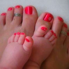 mom and daughter pedicures