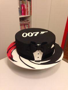 007 James Bond cake
