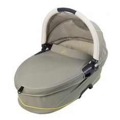 The #Quinny Dreami #bassinet attaches easily to the Quinny Buzz to give your baby a fully reclined place to rest during the journey.