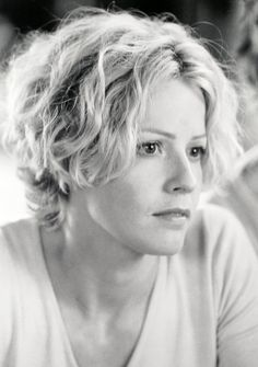 October 6 Happy birthday to Elisabeth Shue
