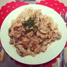 Light & Creamy Turkey Pasta by @nicsnutrition #nicsnutrition