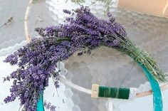 Making a lavender wreath (or any other dried stems)