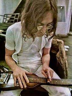 John Lennon Guitar, John Lennon Beatles, The Beatles, John Lennon Paul Mccartney, John Lennon And Yoko, The Four Loves, The Fab Four, Music Is Life, New Music