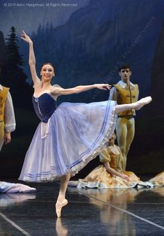 Svetlana Zakharova in Giselle at Teatro Alla Scala. Photo by Marc Haegeman