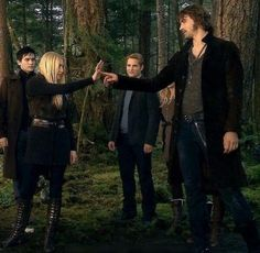 Twilight 2008, Twilight Saga Series, Dr Cullen, Twilight Photos, Nicholas Hoult, Breaking Dawn, Lee Pace, Hrithik Roshan, Michael Fassbender