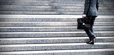 7 Secret Habits of Very Wealthy People