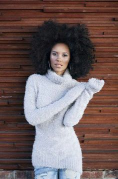 allbeautifulblackgirls:  More beautiful Black Girls here