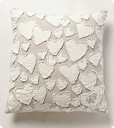 Make this cute Anthropologie Inspired Heart Pillow for Valentine's Day or any day! The neutral colors blend with any decor and it's no sew! Fabric Crafts, Sewing Crafts, Sewing Projects, Diy Pillows, Throw Pillows, Decorative Pillows, Sculpture Textile, Heart Envelope, Heart Pillow