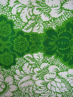 1963 vintage Marimekko - ANANAS design fabric - Maija Isola - Finland - wall hanging - quilting - green